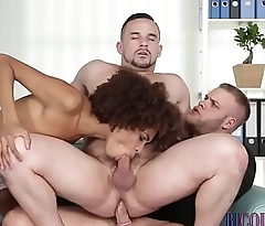 Bisexual hunks tug cum