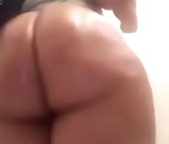 Prudish Jiggly Black Booty - Ayacum.com