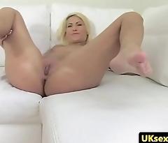 Smalltit handsomeness fucked at UK casting
