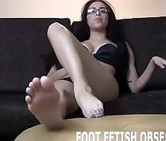 You can jerk off while you pamper my toes