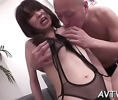Banging asian chick'_s clammy pussy