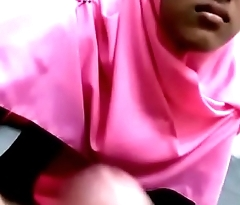 Indo Hijab Girl forced to do Blowjob and handjob -mamihmens.ml
