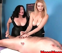 Cum controlling masseuses dominating patient
