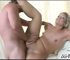 Man seduces mother i'_d like to fuck for sex
