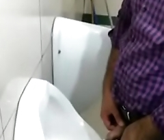 indian extremists found public toilet pissing spy video.MP4
