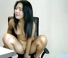majuscule dildo enter her tight asian pussy CamJoie.com