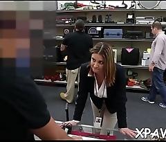 Bimbo is having sex in shop