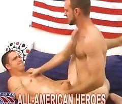 Bearded guy tops amateur ass