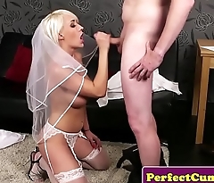 Busty British cully face unperceived in spunk POV