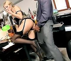 SLUTTYCATS.com blonde secretary get fucked prevalent office