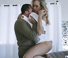 Busty MILF Brandi Love gets fucked hard