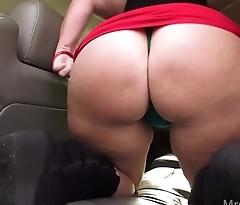 Wife Masturbates in Back Seat in Public