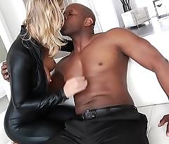 Interracial Anal Sex With Kleio Valentien