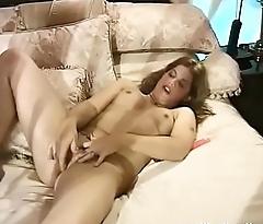 Rock and Roll Widow Masturbation